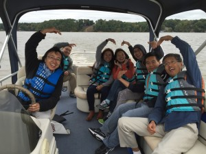 湖上泛舟 / Taking boats on the lake